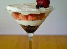 BeautyScoop Red, White and Blue-tiful Parfait