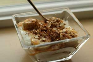 Honey Banana Cinnamon Yogurt Parfait