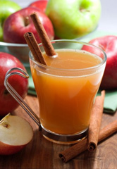 WARM FALL APPLE-PUMPKIN CIDER